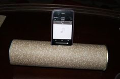 DIY under 10 dollars: Speaker made from a Pringles can  Give your mp3 player or phone a sonic boost.
