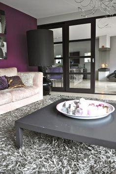 woonkamer paars en grijs muur kleur - Google zoeken