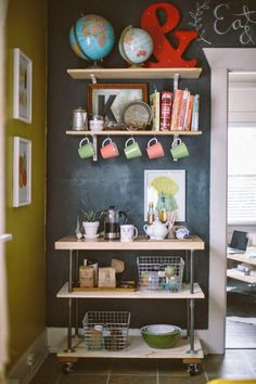 love love love this coffee cart shelf from elizabeth morrow's sweet home - Decoration for House Decor, Kitchen Inspirations, Diy Coffee Station, Interior, Kitchen Decor, Home Decor, Apartment Decor, Home Coffee Stations, Home Kitchens