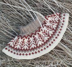 Emblahals pattern by Tina Hauglund