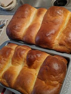 Post with 4363 votes and 103039 views. Tagged with cooking, baking, recipe, japanese food; Milk Bread Recipe, Bread Recipes, Hokkaido Milk Bread, Dough Balls, Loaf Pan, Blood Orange, Japanese Food, Rolls, Homemade
