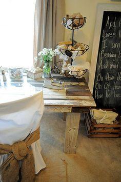 Farmhouse table love...