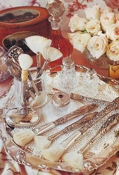 .A silver tray for personals. Decorating with Antique Silver Find your own Antique Silver Trays, Dishes, Tea Sets & Candlesticks at www.antique-silver.co.uk