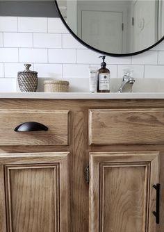 Oak Bathroom Vanity, Bathroom Renos, Bathroom Ideas, Bathroom With Oak Cabinets, Bathroom Vanity Makeover, Neutral Bathroom, Cabinet Makeover, Simple Bathroom Makeover, Updating Oak Cabinets