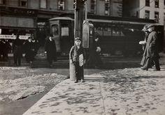 Lewis W. Hine. Newsboy  1909