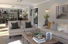 WARM ELEGANCE | KUMEU - Lou Brown Elegant, Interior And Exterior, Kitchen Redesign, Lodge Style, Interior, Soft Furnishings, Building A House, Home Decor, Home And Family