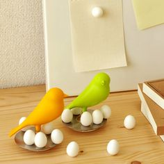 I'm gonna borrow the egg for a bit. Sparrow Egg Magnet - Matomeno