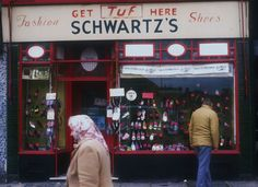 Schwartz's Shoes Mile End Road. Alan Dein's East End Shopfronts of 1988 / London Chesters Way, Ghost Walk, Irish Catholic, King John, Ladybird Books, Shop Fronts, Old London, Old Photos, Nostalgia