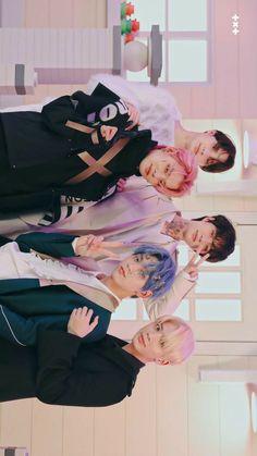 Wallpaper Animes, Wallpaper Pc, Kpop, Blue Hour, My Land, K Idols, Bts Jungkook, Photo Cards, The Dream