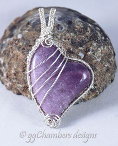 Sterling Silver Woven Wire and Lepidolite Pendant