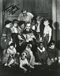 the pup from 'Our Gang' of the 'The Little Rascals'.Little Rascals. Old Tv Shows, Movies And Tv Shows, Comedy Short Films, Amazing Animal Pictures, Radios, Vintage Children Photos, Cultura General, Classic Comedies, American Pitbull