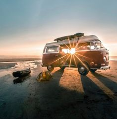 """""""Between Stimulus and response, there is a space. In that space is our power to choose our response."""" I love this quote by Victor Frankl… Volkswagen Bus, Vw T1, Kombi Home, Living On The Road, Bus Camper, Camper Conversion, Camping Car, Beach Tops, Campervan"""