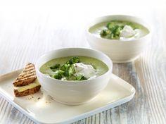 Blomkål/brokkolisuppe Soup, Pudding, Eat, Desserts, Recipes, Life, Inspiration, Cilantro, Tailgate Desserts