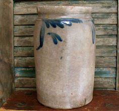 Carole's Country Antiques Collectibles Primitives FS556 Nice Early Blue and Gray Crock
