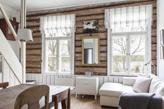 Same world, my own life: joulukuuta 2015 Cabin Homes, Log Homes, Modern Log Cabins, Floor Molding, Simply Home, Log Home Decorating, House In The Woods, Rustic Decor, Sweet Home