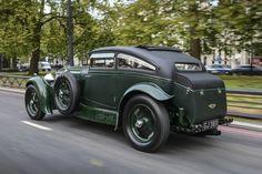 Stunning Bentley Blue Train Celebrates Anniversary In Paris – Classic Cars Auto Retro, Retro Cars, Vintage Cars, Antique Cars, Bentley Speed, Bentley Car, Cadillac, Bentley Motors, Blue Train