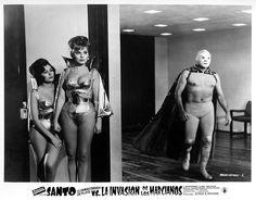 Viva el Santo! Lobby Card for Santo vs. La Invasión De Los Marcianos (1967)