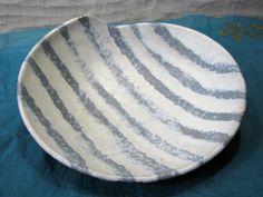 Vintage Bowl – Fritz van Daalen Keramik – Fifties 1950s – Mid Century Modernist – WGP – German Pottery – Matte White & Pastel Blue Stripes von everglaze auf Etsy