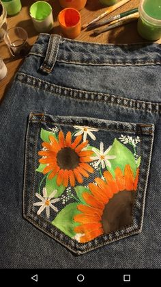 – outfit inspo – - New Sites Painted Shorts, Painted Jeans, Painted Clothes, Diy Jeans, Diy Clothing, Custom Clothes, Denim Kunst, Diy Fashion, Fashion Outfits