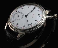 ゼニスのアンティーク軍用時計ジャガールクルトクロノグラフ ¥8250円 〆03月12日