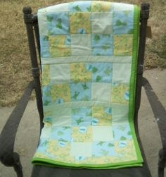 Green & Yellow Frogs Quilt//Baby Shower Gift//Gender Neutral