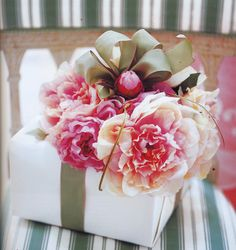 Gift wrapping/Carolyn Roehm!!! Bebe'!!! With lovely bow and silk flowers and holiday ornament!!!