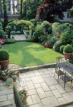 50 best city gardens images little gardens small gardens gardens rh pinterest com