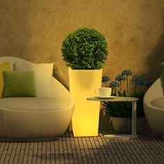 Garden Lights jest marką, która łączy nowoczesne i energooszczędne oświetlenie…