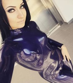Instagram media by bella_isadora_official - #latex #latexgirls #fantasticrubber #latexfetish #fetishgirl #fetishmodel #rubber #rubbergirl #greeneyes #catsuit #latexcatsuit #bellaisadora