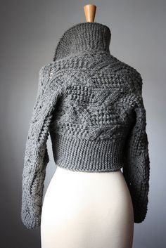 Classic handknit leafy lacy shrug Oxford Grey / dark gray | Flickr: Intercambio de fotos
