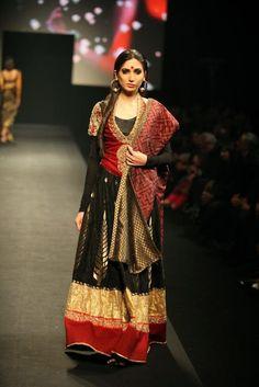 #RituKumar #Designer Black #Lehenga