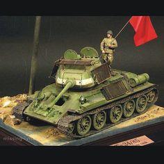 T-34/85 By:Noh Yang Soo From:missing-lynx #scalemodel #plastimodelismo #miniatura #miniature #miniatur #hobby #diorama #scalemodelkit #plastickits #usinadoskits #udk #maqueta #maquette #modelismo #modelism