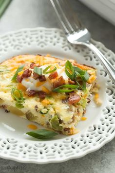 This Loaded Baked Potato Breakfast Casserole has all of your favorites: potatoes, bacon, eggs, sour cream, cheese, peppers and onions! It's easy make ahead