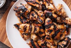 Ingredients   2 tbs (36g) kosher salt  24 ounces stout beer  1 cup (148g) golden brown sugar, packed  ¼ cup (68g) Dijon mustard  ¼ cup (64g) stout beer  1 tbs (12g) sriracha chili sauce  Instructions   Lay the wings in an even lay in a baking dish. Sprinkle on all sides with salt.   #beer #brownsugar #chickenwings #grilledwings #recipe