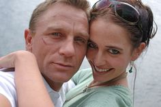 Eva Green & Daniel Craig on the set of Casino Royale, 2006 Daniel Craig James Bond, Craig Bond, Bond Girls, Rachel Weisz, Selfies, Daniel Graig, Best Bond, James Bond Movies, Provocateur