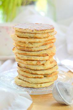 Kókuszpalacsinta - Kifőztük Pancakes, Breakfast, Food, Wellness, Instagram, Morning Coffee, Essen, Pancake, Meals