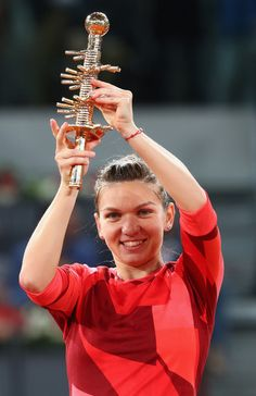Simona Halep Photos - Simona Halep of Romania celebrates with the winners trophy after her win over Tennis Tournaments, Tennis Clubs, French Open, Wimbledon, Dominika Cibulkova, Simona Halep, Professional Tennis Players, Match Point, Tennis Stars