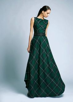 The most beautiful elegant dresses - photo ideas Elegant Dresses, Pretty Dresses, Vintage Dresses, Beautiful Dresses, One Piece Dress, Dress Me Up, Mode Tartan, Tartan Wedding, Moda Formal