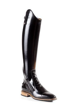 Poggia speroni ( opzionali ). English riding boots Classic boots Please request a phone consultation for sizing and price . Delivery usually takes 8 weeks . You can refer to the sizing chart after wat