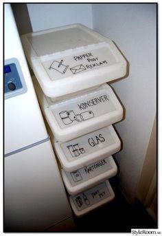 IKEA Sortera stackable bins with lids to sort recycling! IKEA Sortera stackable bins with lids to sort recycling! Home Organisation, Kitchen Organization, Organization Ideas, Pantry Interior, Recycling Storage, Ikea Storage, Ikea Bins, Recycling Ideas, Stackable Bins