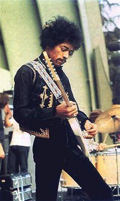 Jimi Hendrix '67 Famous guitar player.