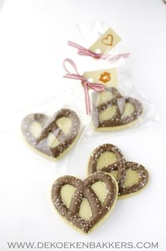 Pretzels (Heart Cookie Cutter)