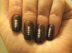 superbowl nails....via http://living.msn.com/style-beauty/simply-chic-blog-post/?post=c6482b5c-d2c2-4aa1-8234-27b86cd34bb4=8