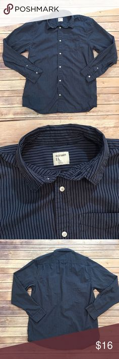 Men's Old Navy Striped Shirt Men's Old Navy striped Shirt. Size Large Tall. EUC. Please carefully review each photo before purchase as they are the best descriptors of the item. Old Navy Shirts Casual Button Down Shirts