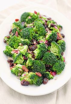 Nana's Family Recipes: Broccoli-Bacon-Raisin Salad