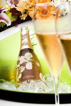 WEB LUXO - Bebidas: Princípe Albert II de Mônaco escolhe o champagne Perrier-Jouët