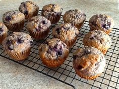 Muffin Bread, Muffin Cups, Food And Drink, Sugar, Snacks, Breakfast, Desserts, Pains, Cup Cakes