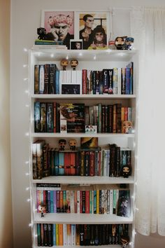 no such thing as too many books Bookshelf Inspiration, Room Inspiration, Book Aesthetic, Aesthetic Rooms, Dream Library, Mini Library, Home Libraries, Home And Deco, Book Nooks