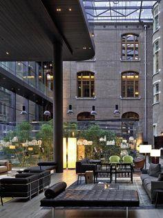 Le spot du moment : l'hôtel Conservatorium à Amsterdam