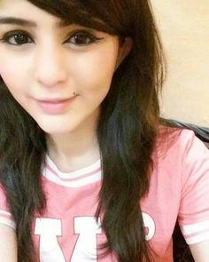 Sameera Khan World Teen Girl Poses, Cute Girl Poses, Girl Photo Poses, Cute Girls, Stylish Girl Images, Stylish Girl Pic, Cute Girl Photo, Beautiful Girl Photo, Girl Pictures